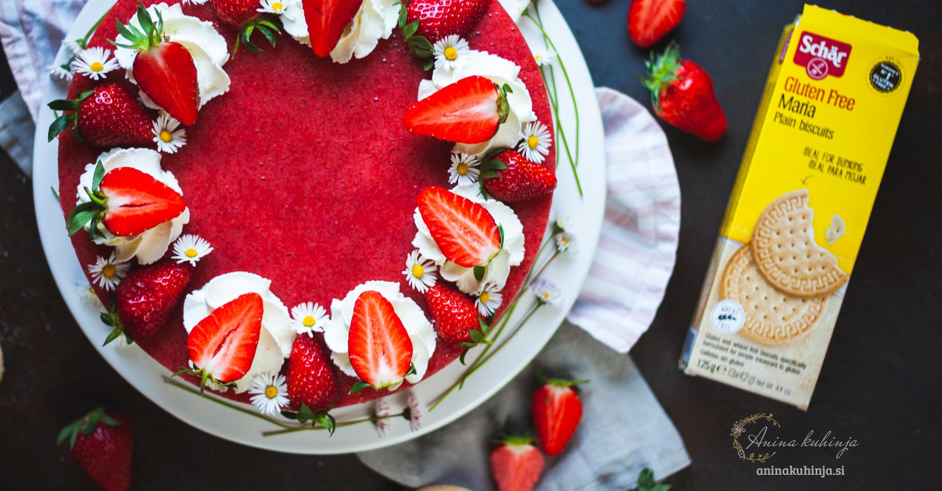 jagodna jogurtova torta