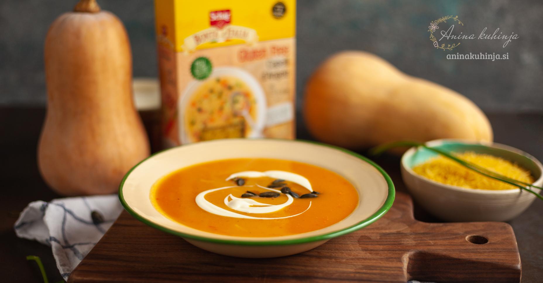 bučna juha z jušnimi rezanci