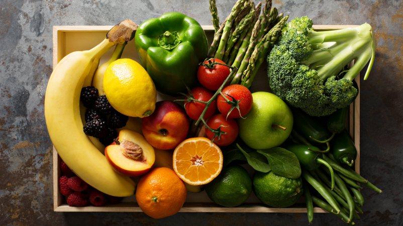 Brezglutenska dieta naj vsebuje veliko sadja in zelenjave