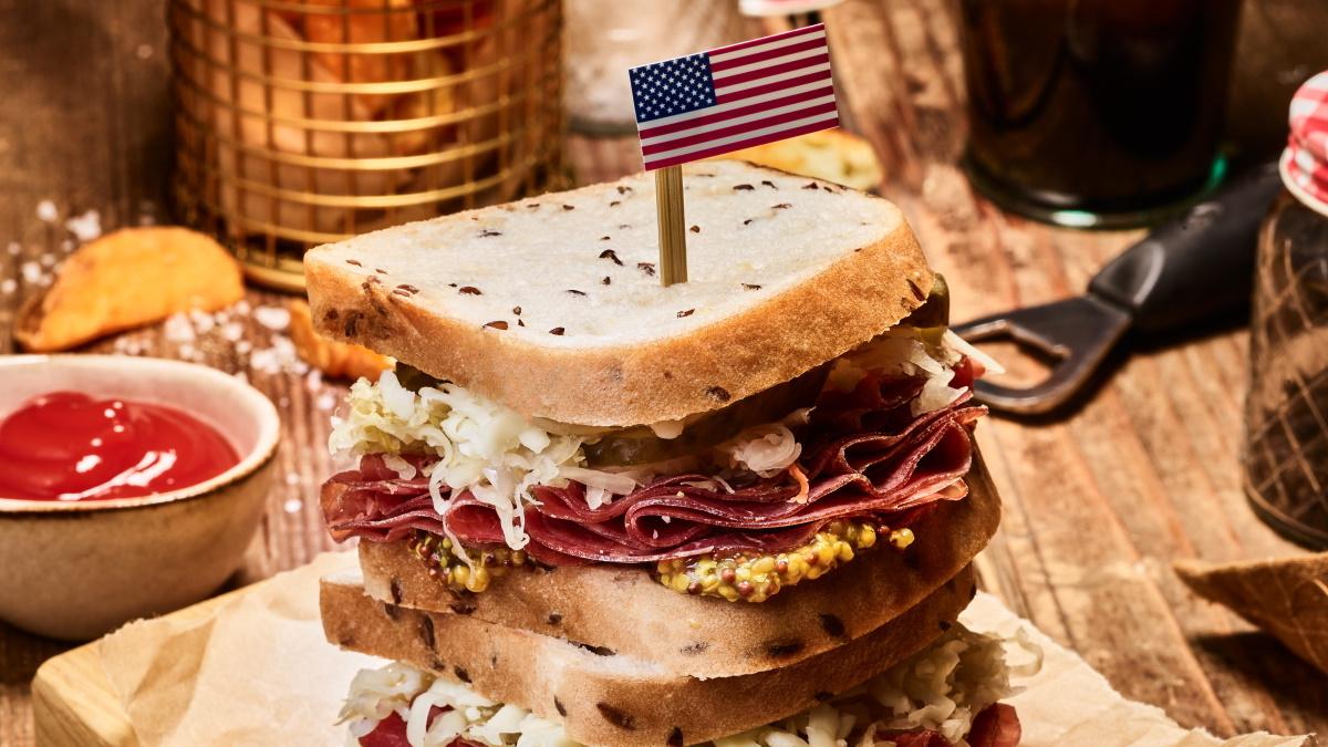 Ameriški sendvič Reuben